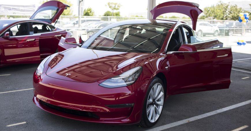 Tesla сделает изModel 3 конкурента БМВ  M3