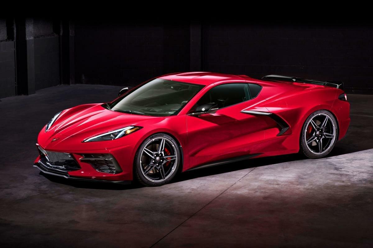 Chevy Corvette 2020 будет вас тормозить, если вы не закрыли багажник