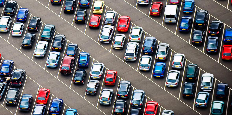 Многие автомобильные бренды и дилеры могут покинуть Россию