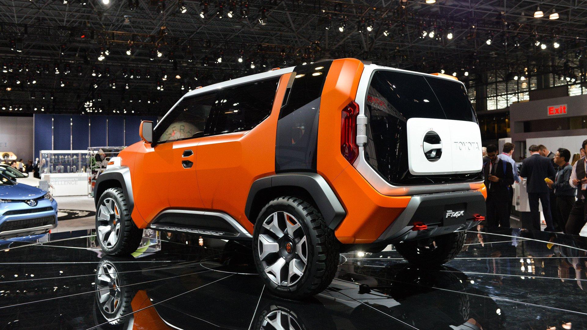 Новый компактный кроссовер Toyota получит название 4Active?