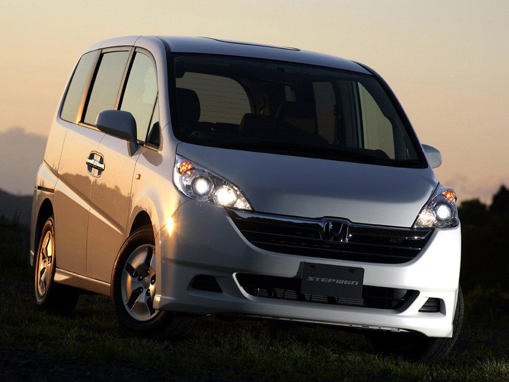 Поколения Honda Stepwgn: все кузова и история Honda Stepwgn на CarsWeek.ru