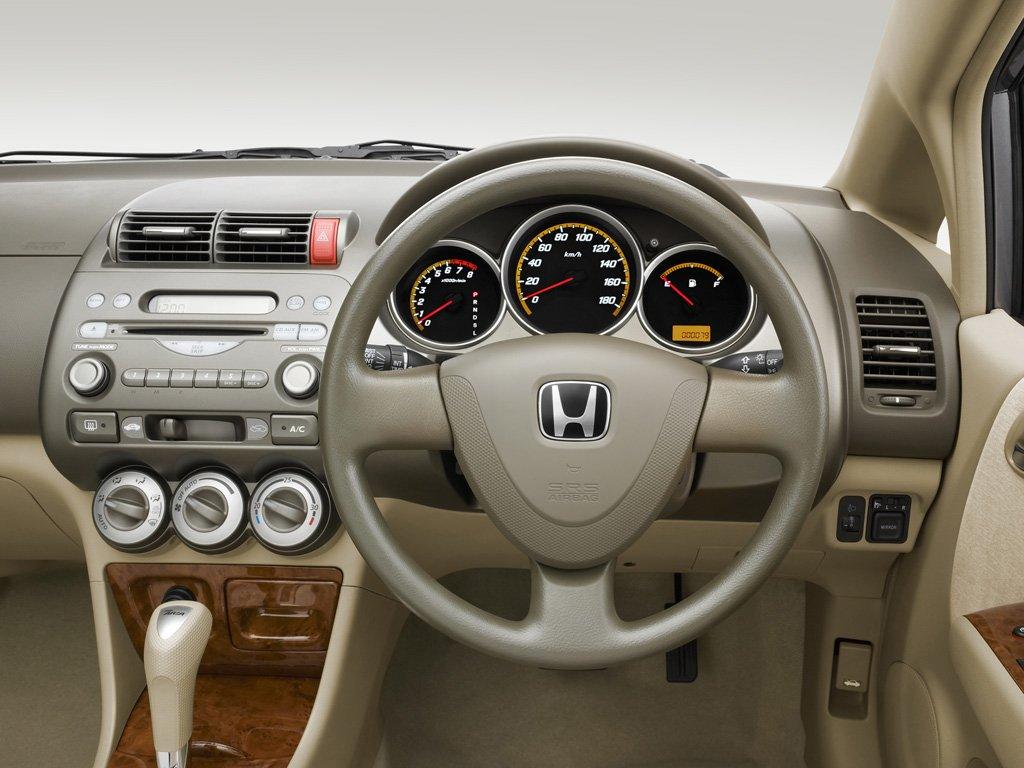 Хонда фит ария фото