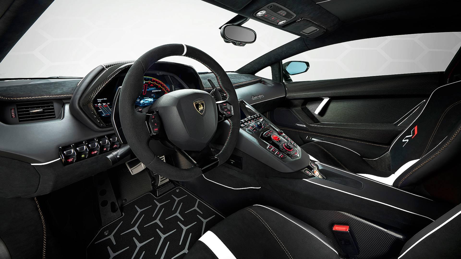 Lamborghini выпустит 830-сильную версию суперкара Aventador