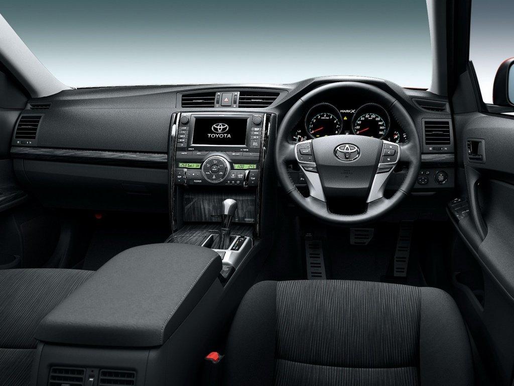 Toyota представила новый Mark X - …