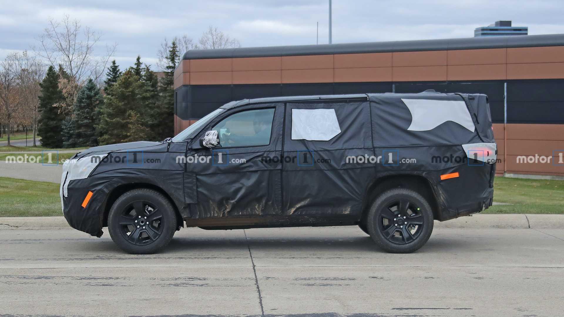 Что нам ждать от нового поколения внедорожника Jeep Grand Wagoneer?