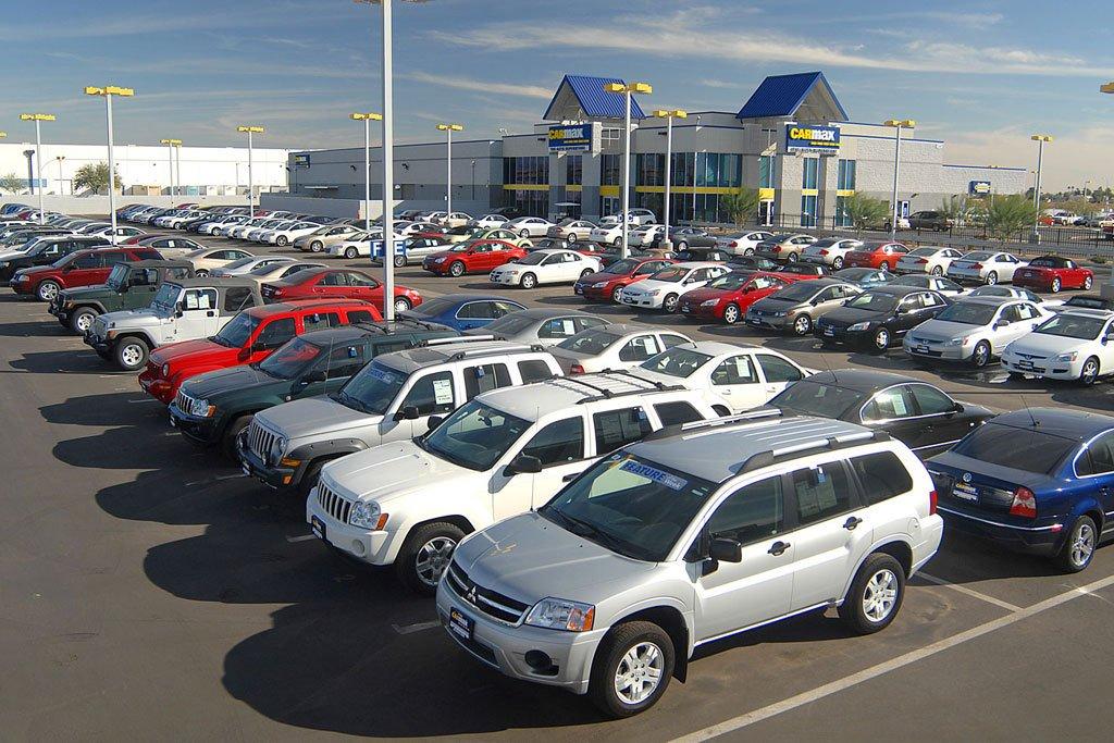 В России снижаются продажи авто в возрасте от 3 до 7 лет