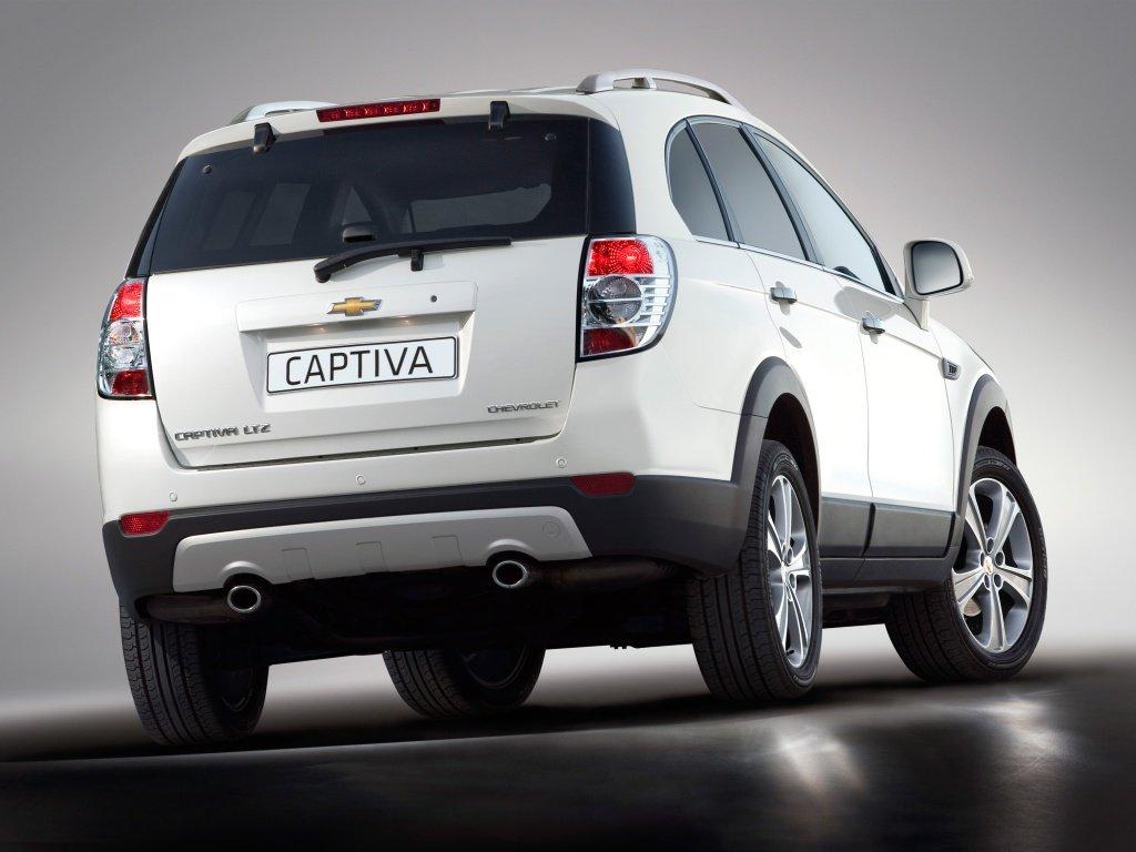 Фото Chevrolet Captiva 2011.
