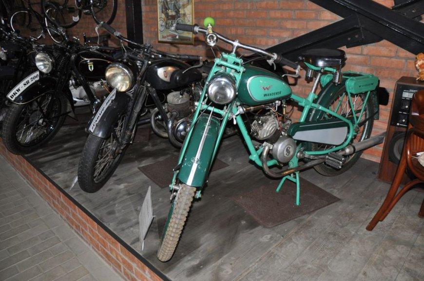 Восстановили дебютный послевоенный мотоцикл СССР