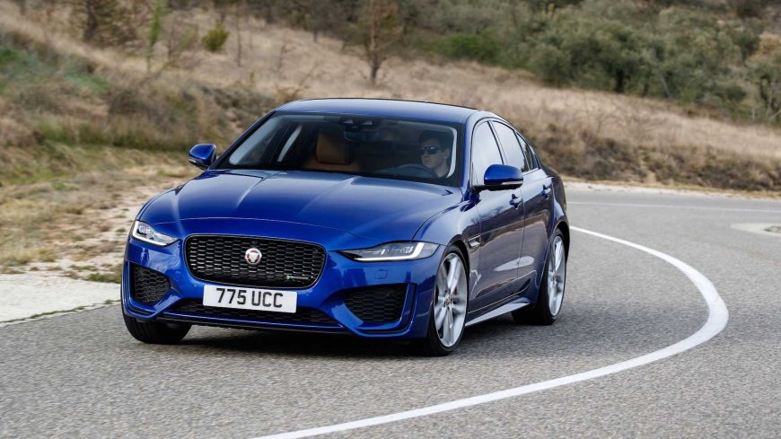 2020-jaguar-xe-first-drive1.jpg