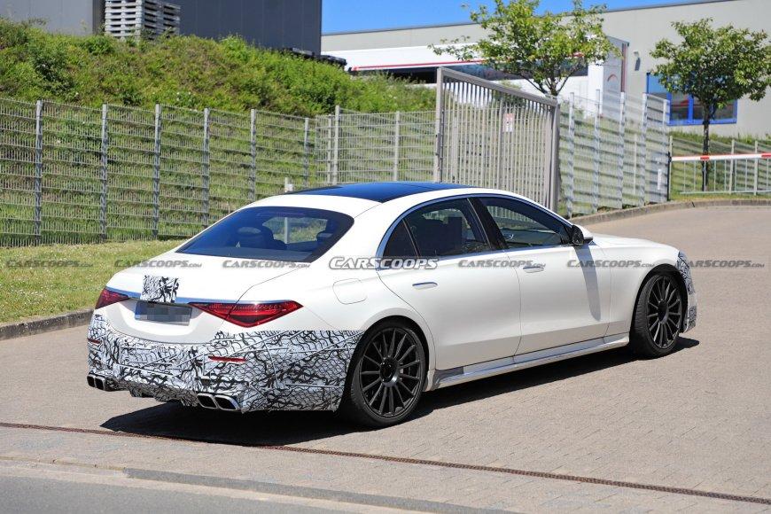 Mercedes-AMG S63e 2022 выглядит чертовски подло на последних шпионских снимках