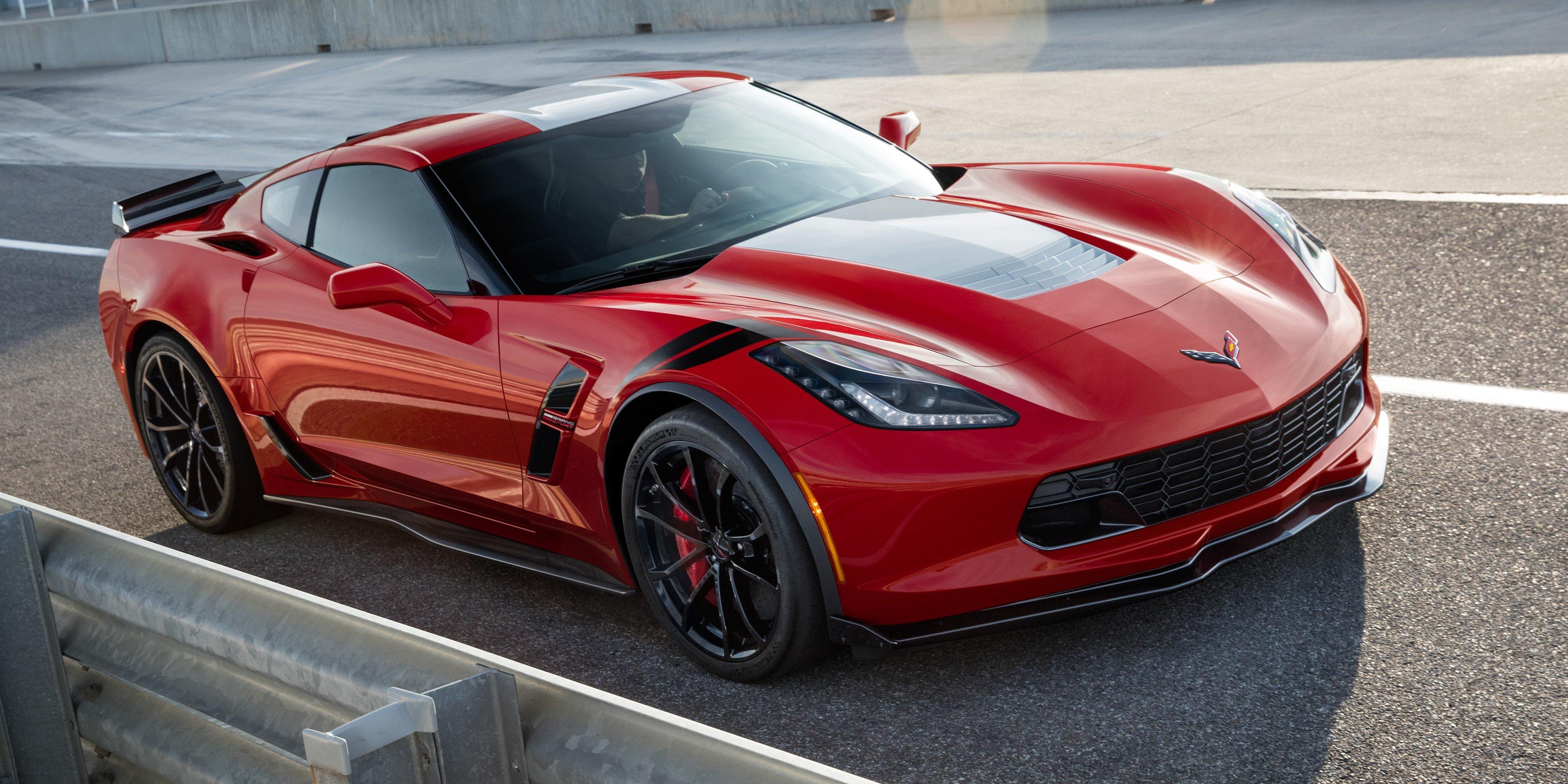 Обнародовали характеристики будущих вариаций Chevrolet Corvette