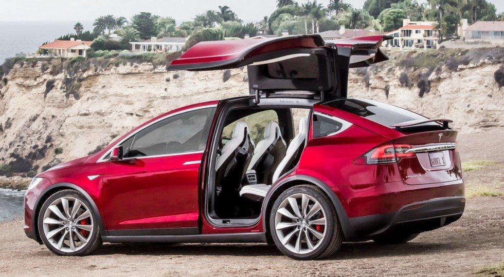 Tesla модернизировала седан Model Sикроссовер Model X
