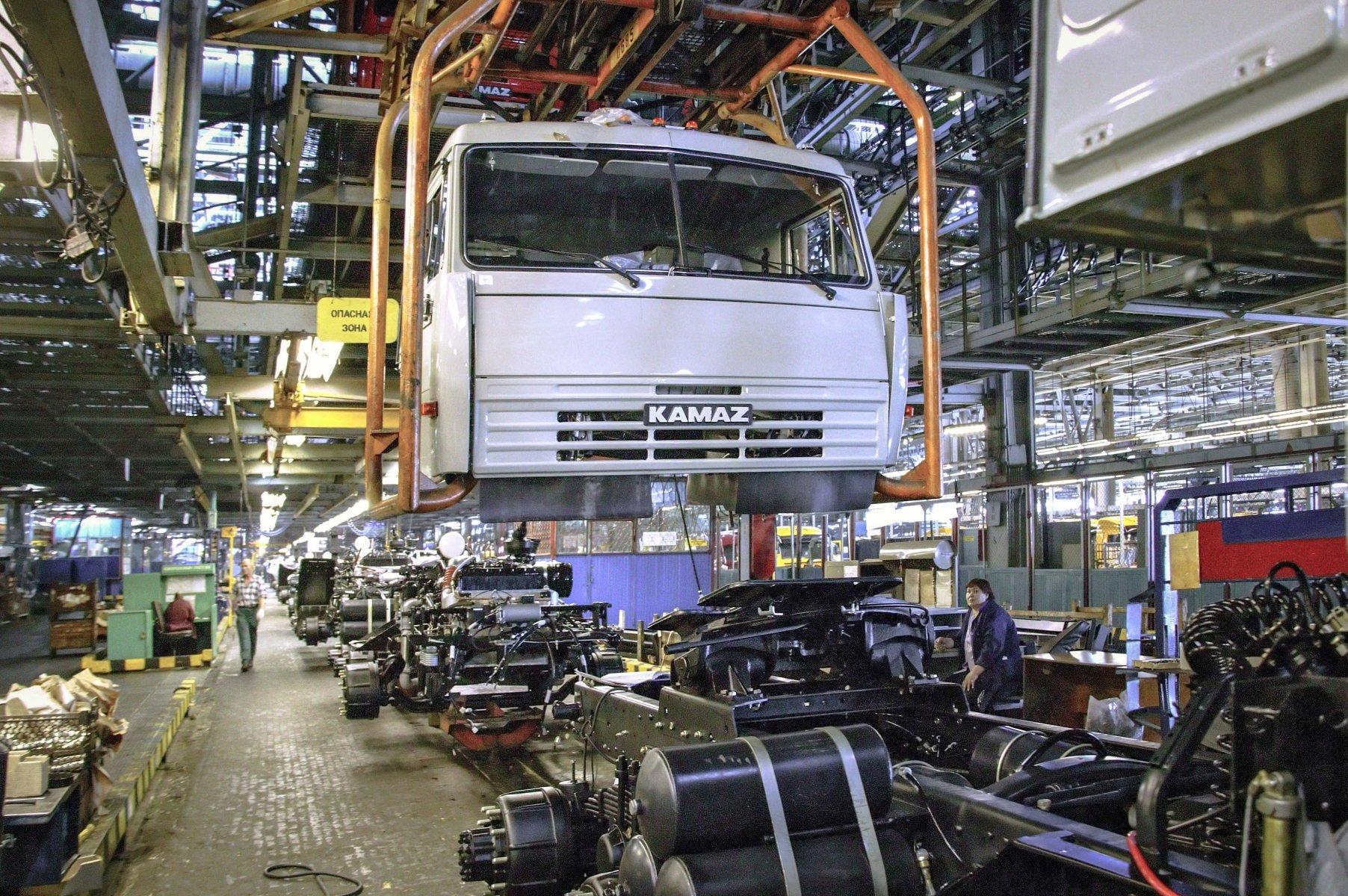 Производство автомобильной техники в РФ уменьшилось на 3%