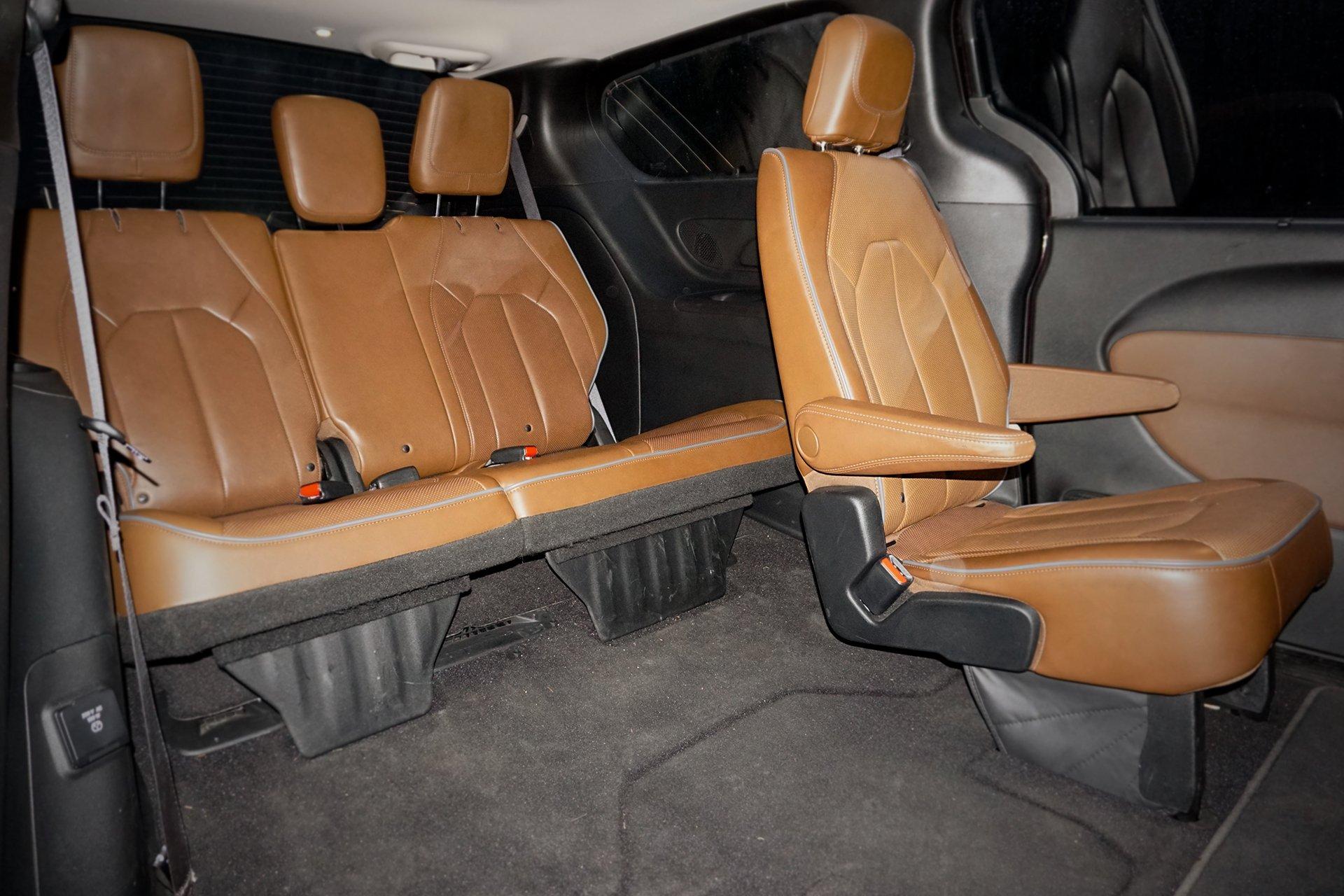 тест-драйв просторного Chrysler Pacifica