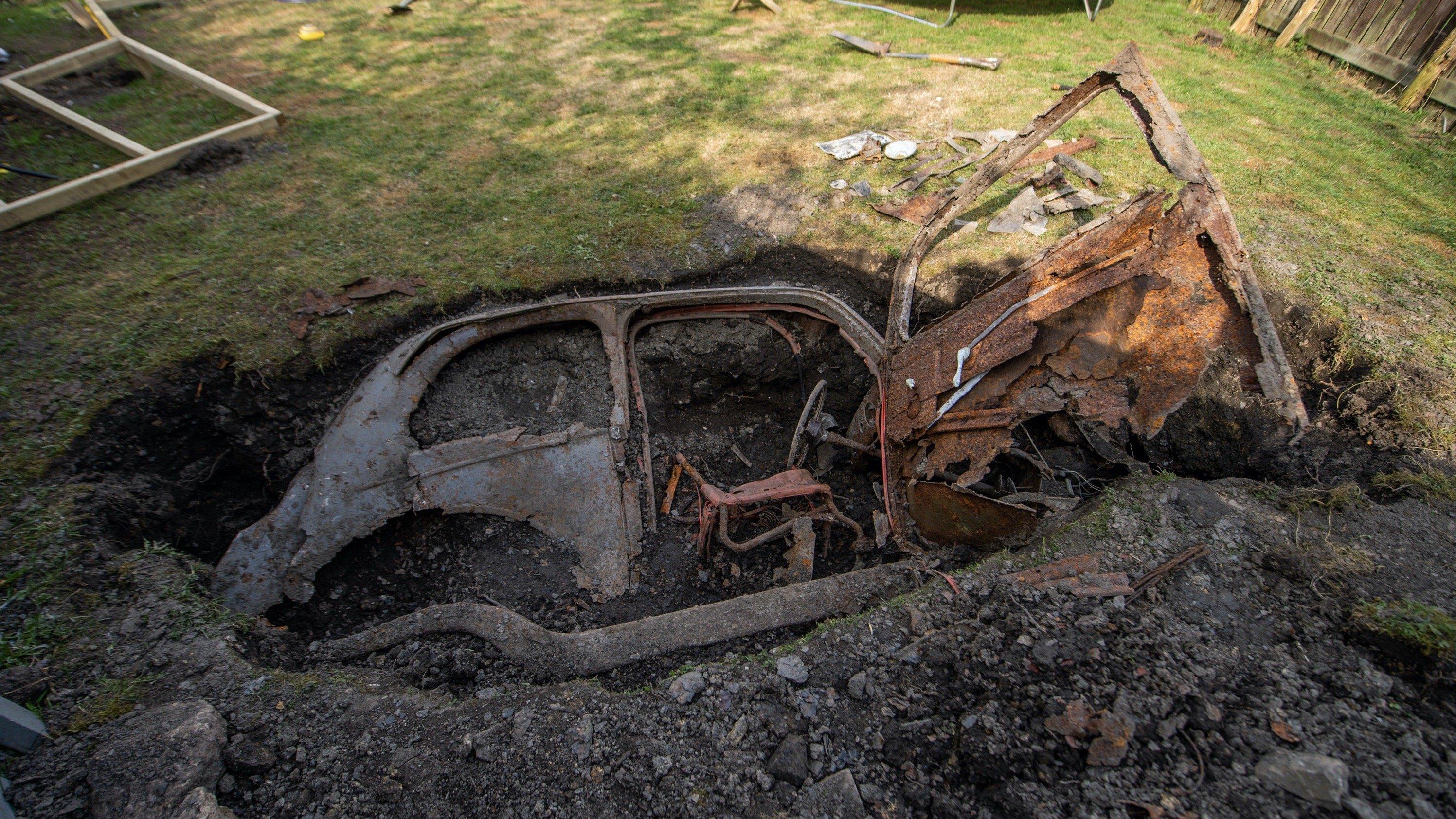 Раскрыта тайна похороненного на 50 лет во дворе дома Ford