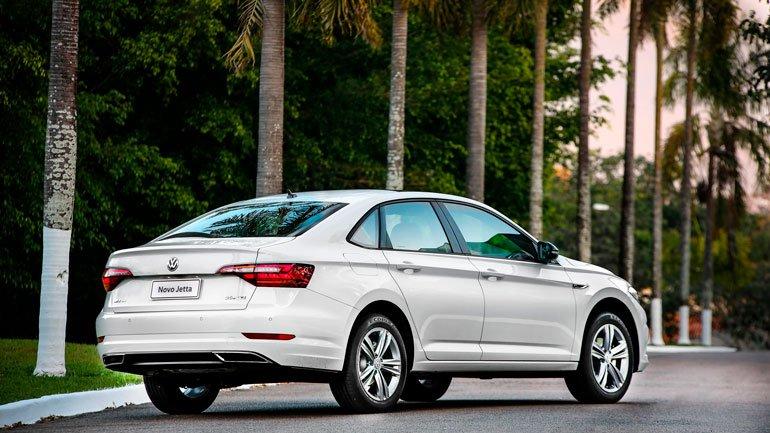 Стали известны подробности о новом Volkswagen Jetta для России