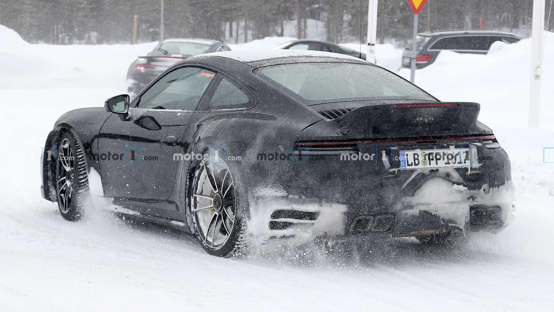 Porsche тестирует спец.версию обновленного 911 Turbo S