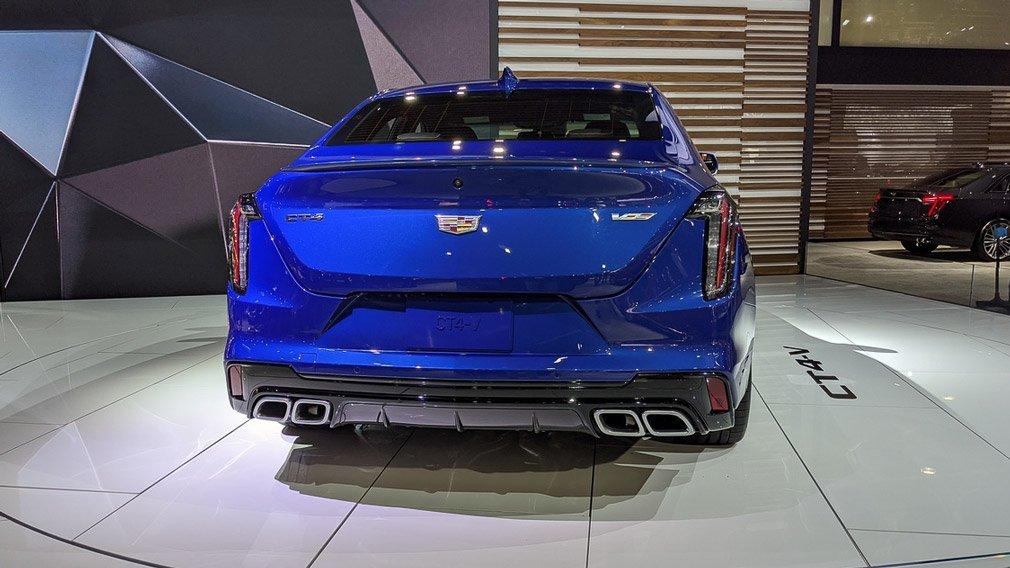 Состоялась презентация обновленного седана Cadillac CT4