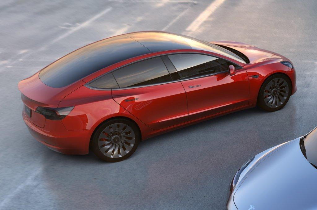 Tesla сорвала план производства Model 3 из-за нехватки аккамуляторных батарей