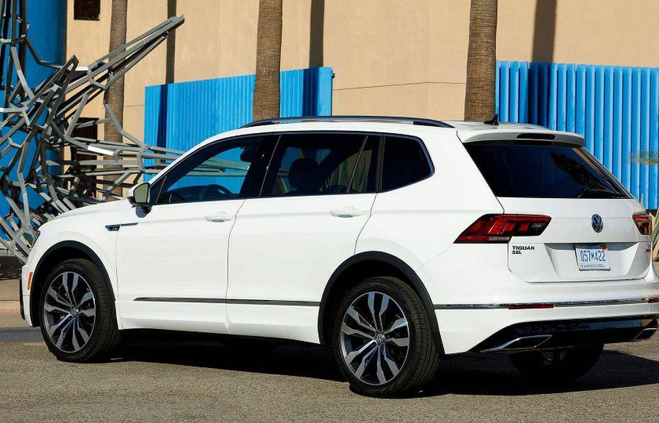 Вweb-сети интернет появились фотографии кроссовера VW Tiguan R-Line