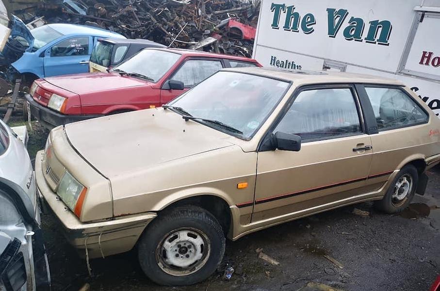 В Шотландии отыскали свалку со старыми машинами Lada
