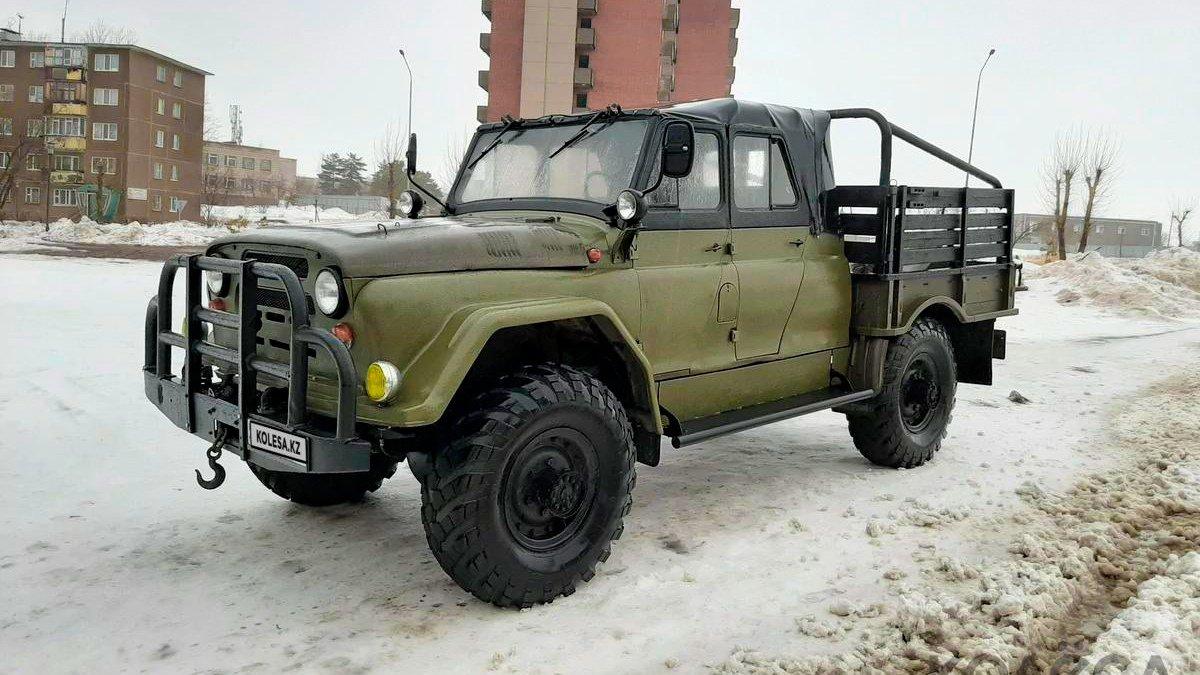 Эксклюзивный гибрид «Уазика» и «Шишиги» продается в Казахстане