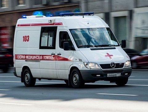 В Москве произошло жесткое столкновение двух автомобилей такси