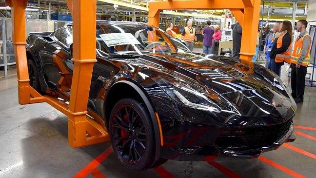 Это как так? 400-сильный Chevy Corvette C5 имеет расход топлива всего 5,88 литров по шоссе!