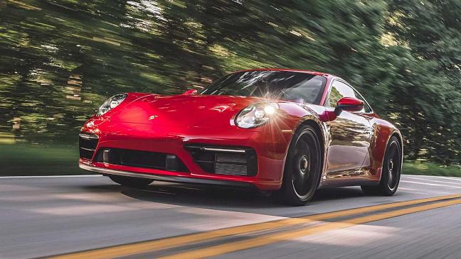 Три модели Porsche подорожали в России на 2 – 3% в октябре 2021 года
