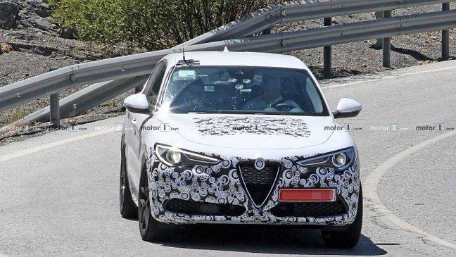 В сети появились фотографии серийного Alfa Romeo Tonale