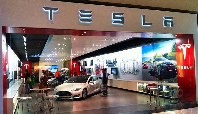 Tesla закроет все розничные магазины ради снижения стоимости на Model 3
