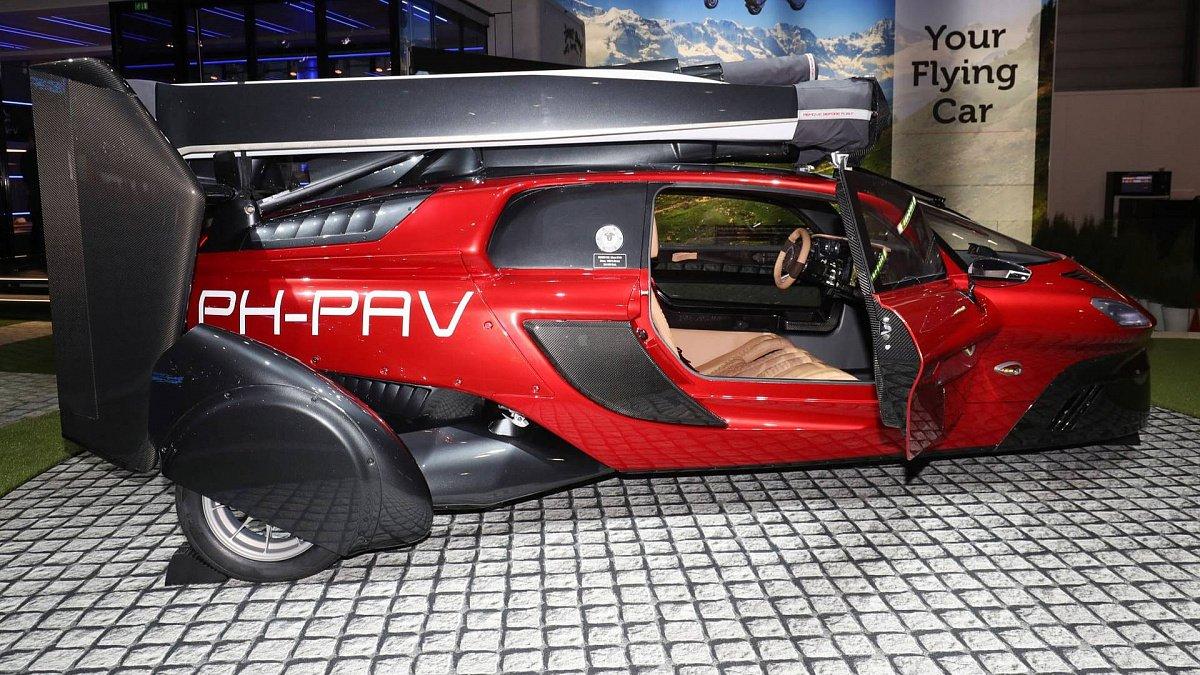 Летающий автомобиль исуперкары будущего— Женевский автосалон