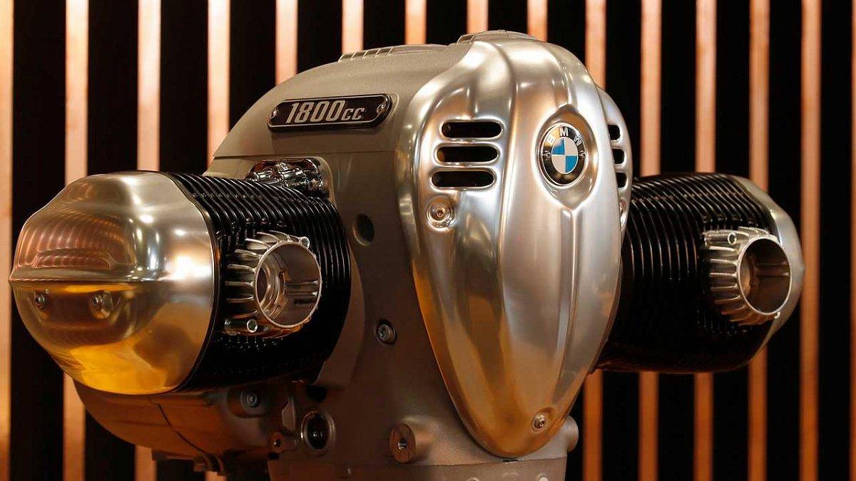 Самый мощный оппозитный двигатель в истории BMW