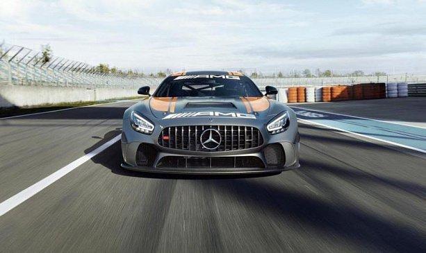 Со сменой поколения Mercedes-Benz S-Class получит дисплеи в дверях