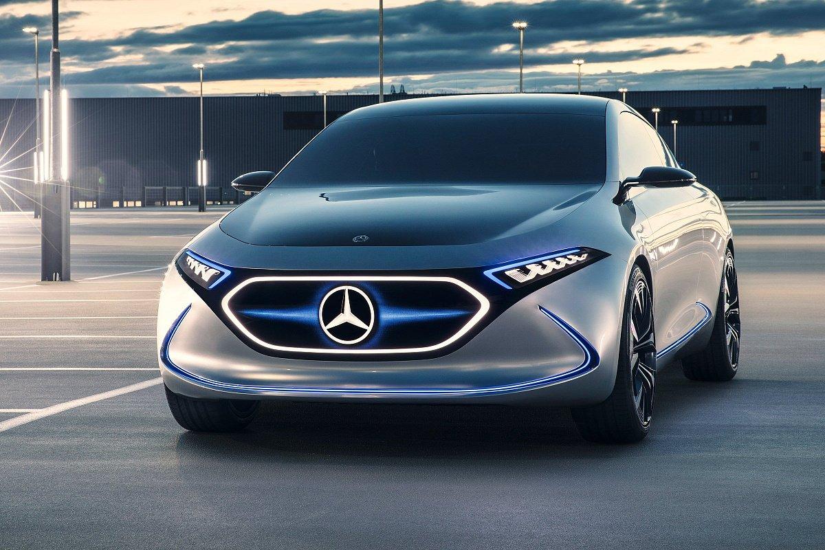 Mercedes готовится к выпуску электрокара EQE к 2022 году