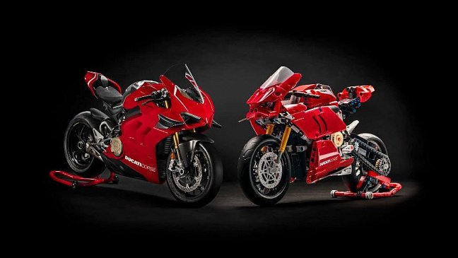 Ducati тестирует обновленный мотоцикл Multistrada V4