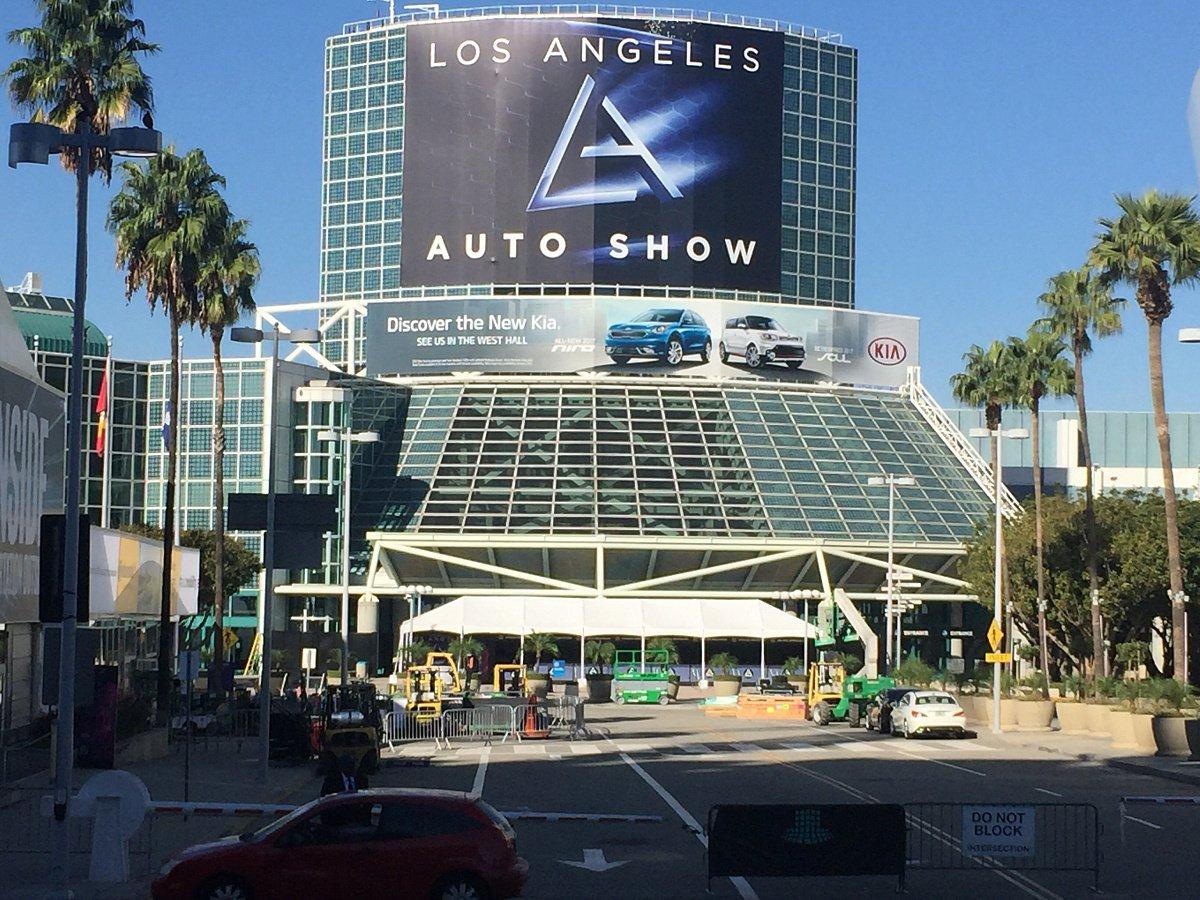 Самый ожидаемый автосалон вЛос-Анджелесе представит лучшие новинки