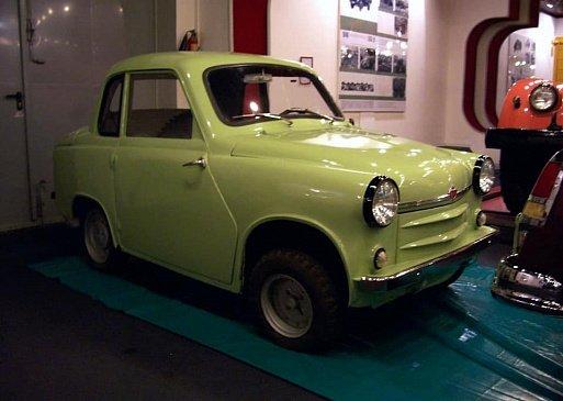В сети вспомнили о машине Lada Peter Turbo