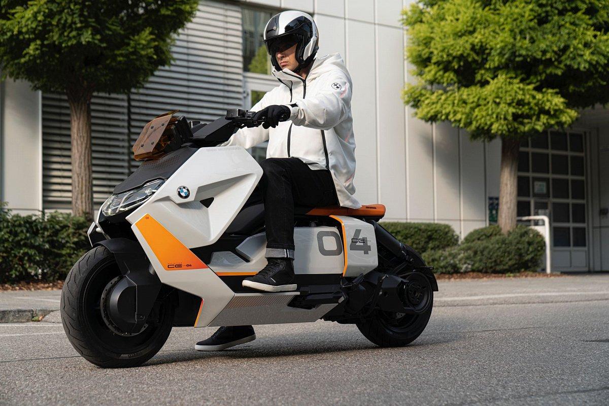 BMW продемонстрировал электрический скутер
