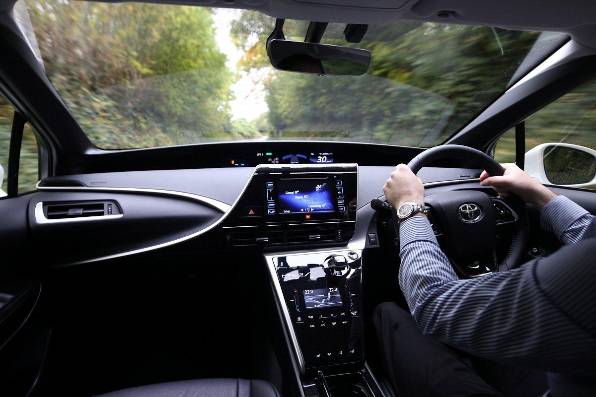 Kia предлагает владельцам «праворулек» скидки нановые авто class=