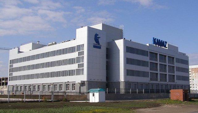 «КамАЗ» представил новый беспилотный грузовик «Челнок»