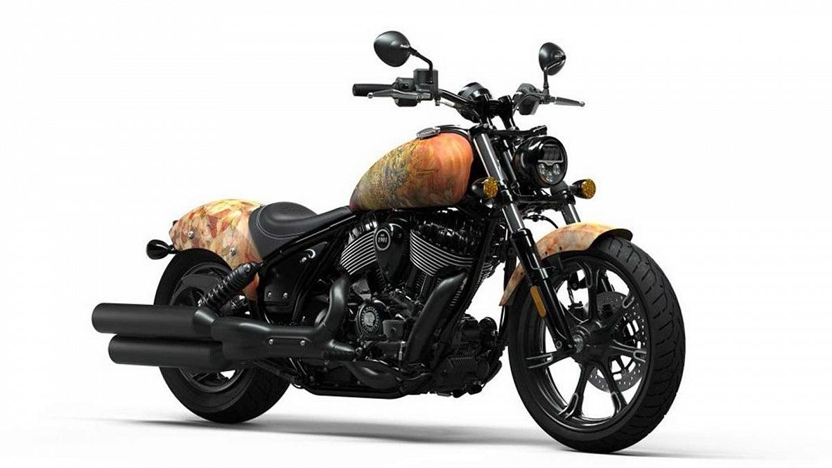 Индийская серия X No Regrets представляет дизайн мотоцикла в стиле татуировки