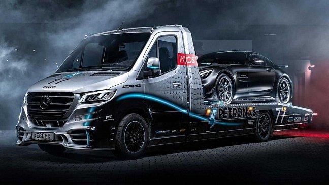 Новый Mercedes-AMG SL будет прямой заменой родстеру GT