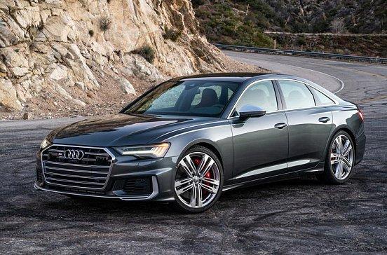 Audi подтвердила дебют купеобразного Q5 Sportback и нового Q2 на 2020 год