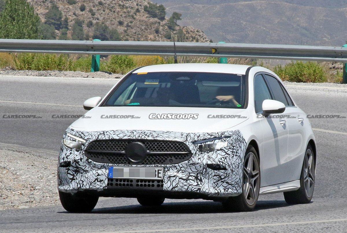 Фотошпионы разузнали новые подробности о новом Mercedes A-Class