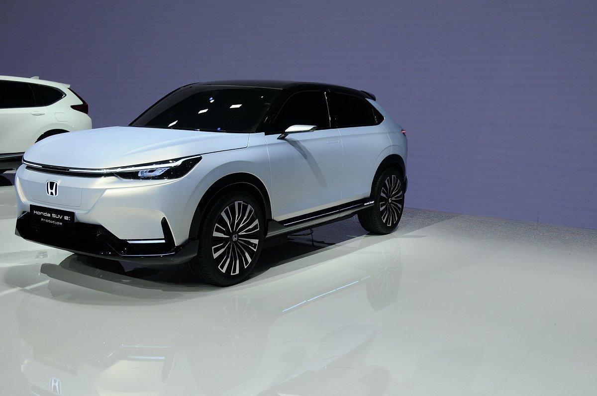 Honda представила новый электрический кроссовер e: Prototype для Китая