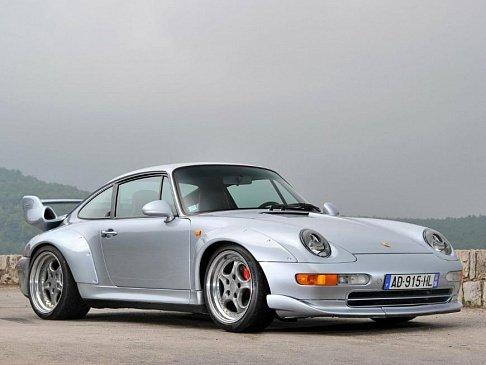 Porsche 911 Turbo S будет легче и спортивнее