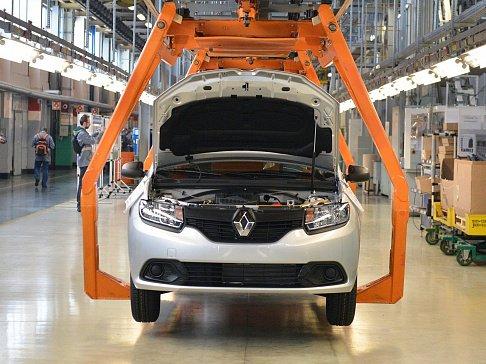 Nissan приостановит производство авто в Санкт-Петербурге