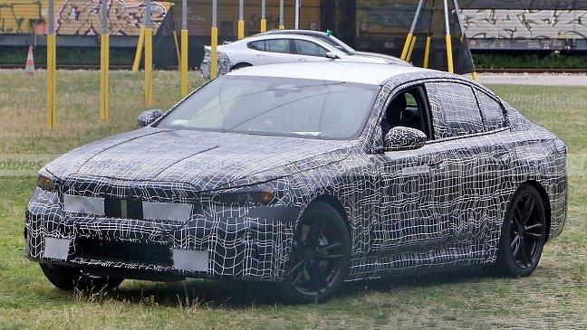 BMW зафиксировал довольно большой спрос на электрический i4