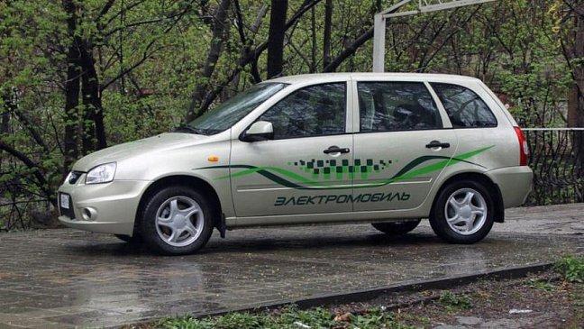 Автоэксперт рассказал о проблемах создания электрокаров в России